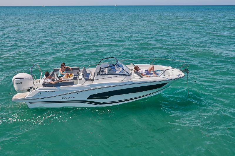 Leader 7.5 Series 3 │ Leader of 7m │ Boat powerboat Jeanneau  23180