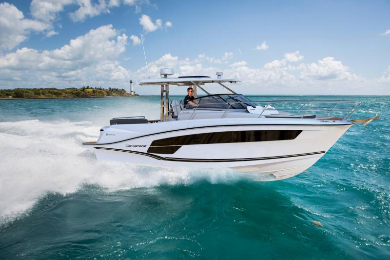 Cap Camarat 10.5 WA série2 │ Cap Camarat Walk Around of 10m │ Boat powerboat Jeanneau  20834