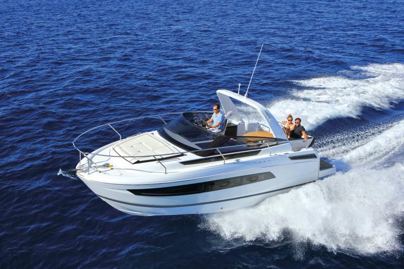 Leader 30 │ Leader of 9m │ Boat Inboard Jeanneau  18202
