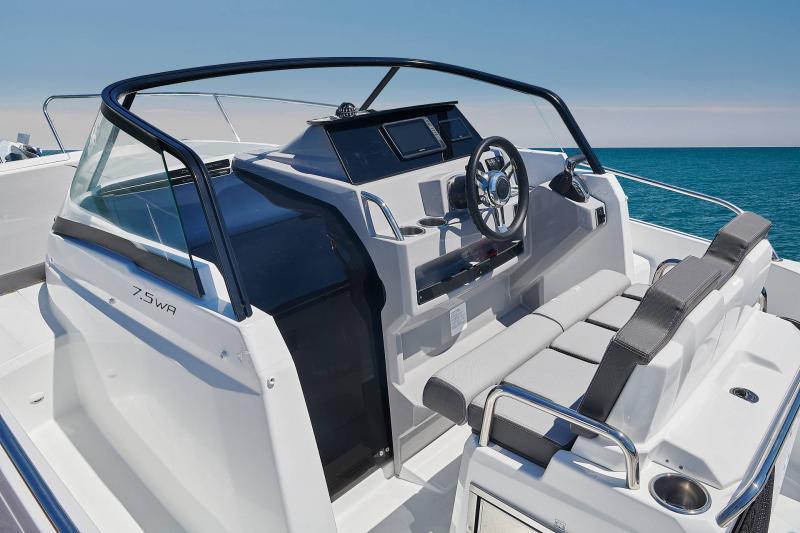 Leader 7.5 Series 3 │ Leader of 7m │ Boat powerboat Jeanneau  23126