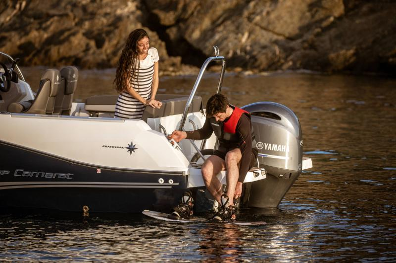 Cap Camarat 6.5 WA série3 │ Cap Camarat Walk Around of 6m │ Boat powerboat Jeanneau  17195