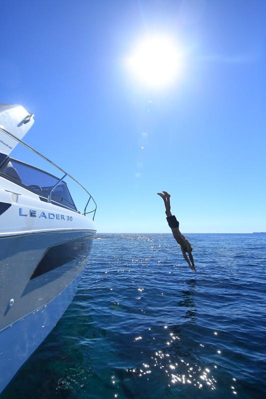 Leader 30 OB │ Leader of 9m │ Boat Inboard Jeanneau  12916