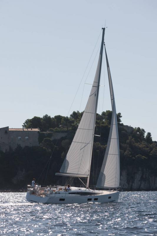 Jeanneau Yachts 51 │ Jeanneau Yachts de 15m │ Bateaux Voiliers Jeanneau 1-Navigation 17362