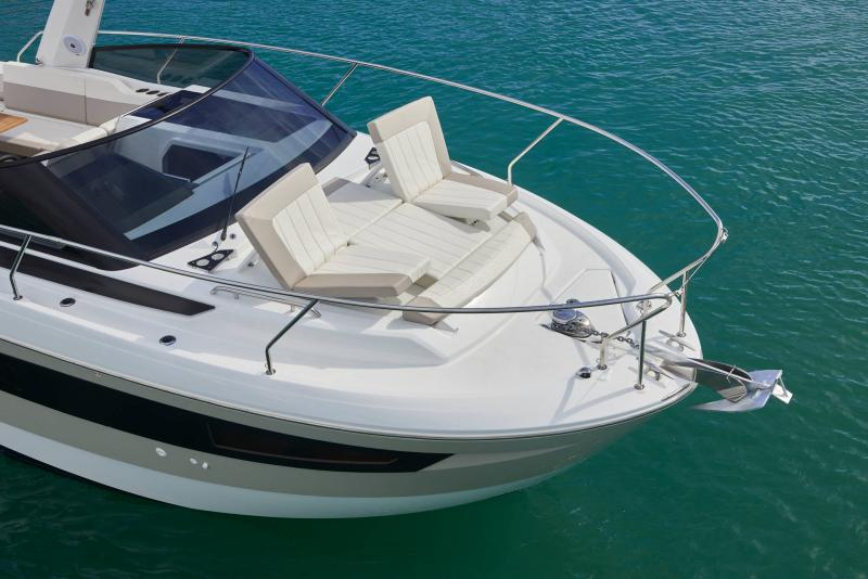 Leader 30 │ Leader of 9m │ Boat powerboat Jeanneau SunBath 18229
