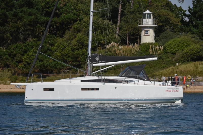 Sun Odyssey 380 │ Sun Odyssey of 11m │ Boat Segelboote Jeanneau  23456