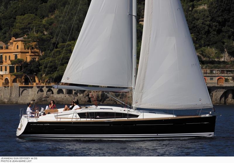 Sun Odyssey 44 DS │ Sun Odyssey DS of 13m │ Boat Sailboat Jeanneau boat Sun-Odyssey-DS-44DS 382