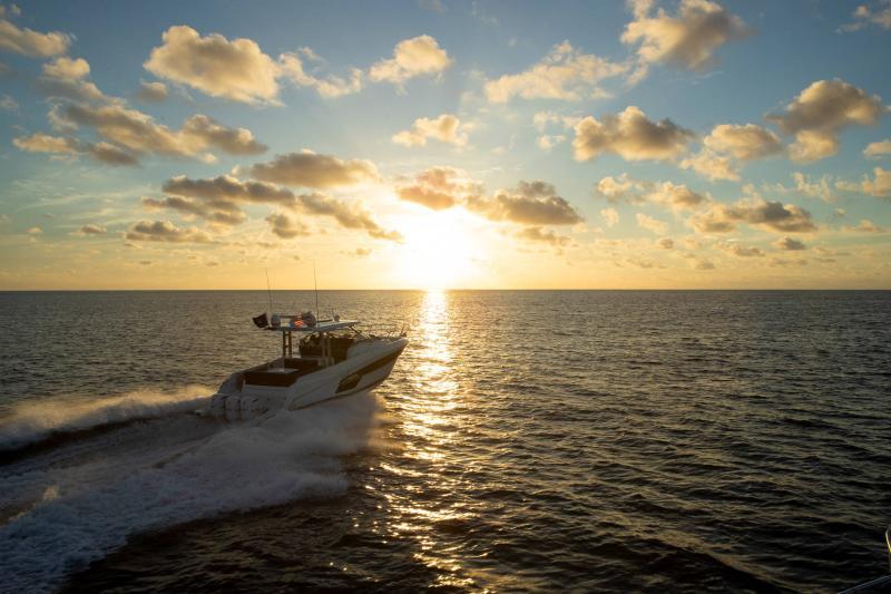 Leader 12.5 │ Leader WA of 12m │ Boat powerboat Jeanneau  21629