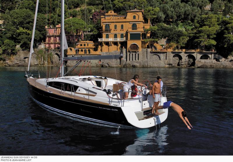 Sun Odyssey 44 DS │ Sun Odyssey DS of 13m │ Boat Sailboat Jeanneau boat Sun-Odyssey-DS-44DS 314