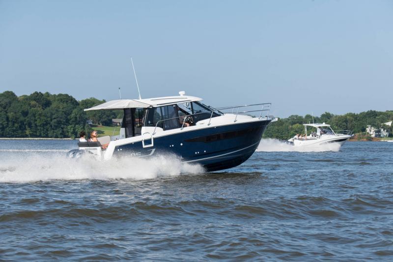 NC 895 │ NC Weekender of 9m │ Boat powerboat Jeanneau  18955