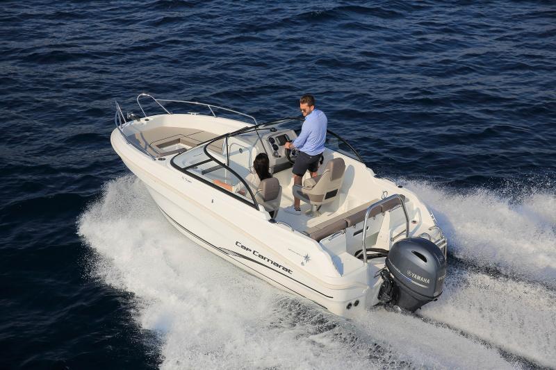 CAP CAMARAT 5.5 BR │ Cap Camarat Bow Rider of 5m │ Boat powerboat Jeanneau CAP CAMARAT 5.5 BR 4832