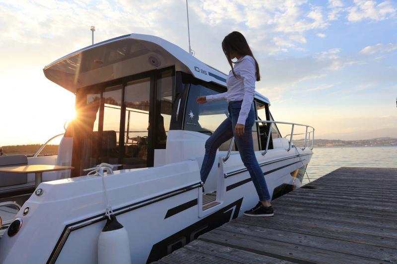 NC 1095 │ NC Weekender of 10m │ Boat powerboat Jeanneau  18879