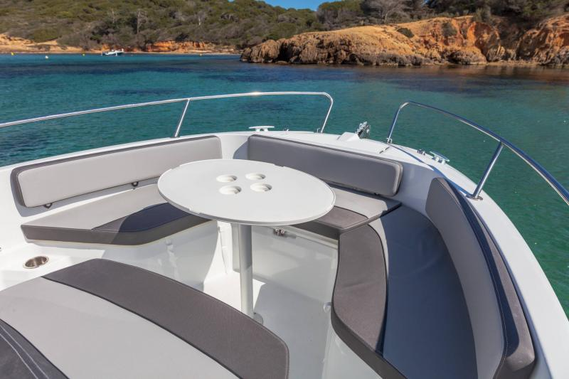 Cap Camarat 6.5 CC série3 │ Cap Camarat Center Console of 7m │ Boat powerboat Jeanneau  17159