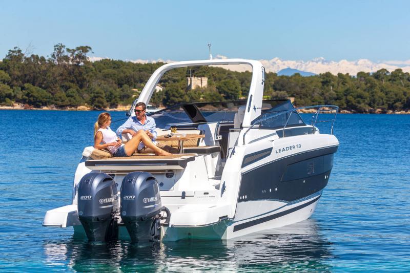 Leader 30 │ Leader of 9m │ Boat Inboard Jeanneau Outboard version 18177