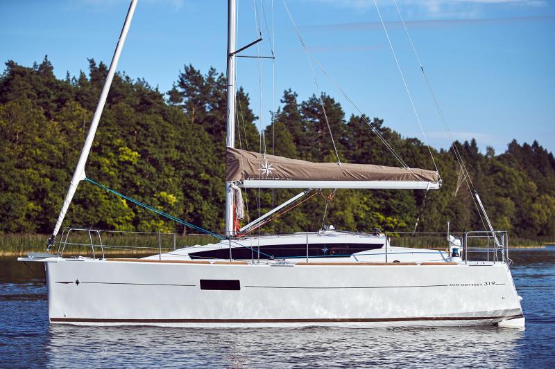 Sun Odyssey 319 Vista esterni 24
