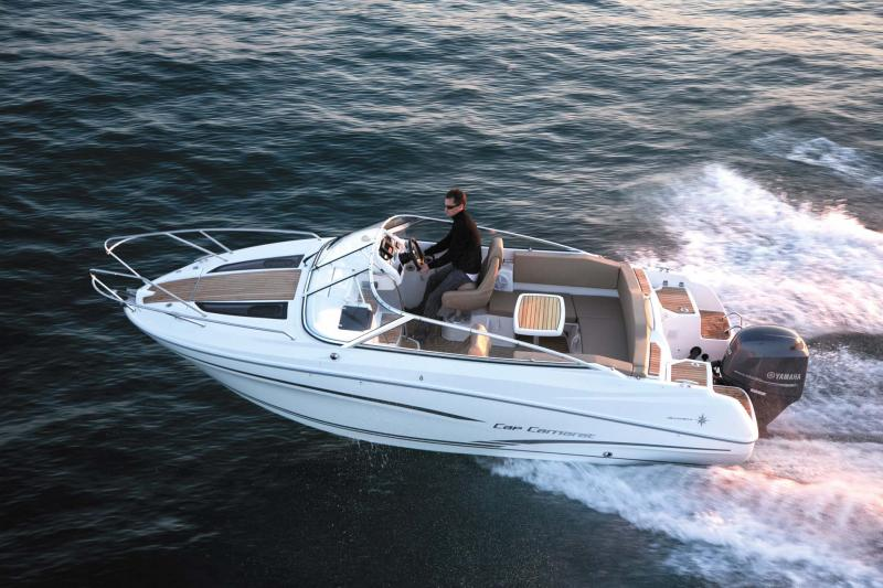 Cap Camarat 6.5 DC │ Cap Camarat Day Cruiser de 6m │ Bateaux powerboat Jeanneau  11108