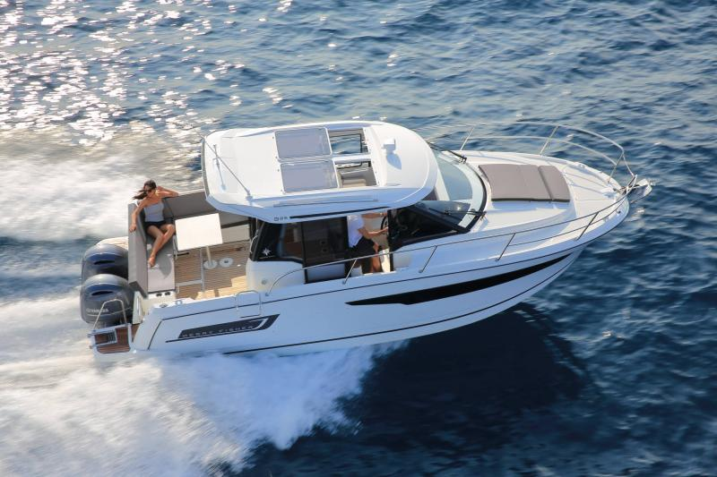 Merry Fisher 895 │ Merry Fisher of 9m │ Boat powerboat Jeanneau  22179