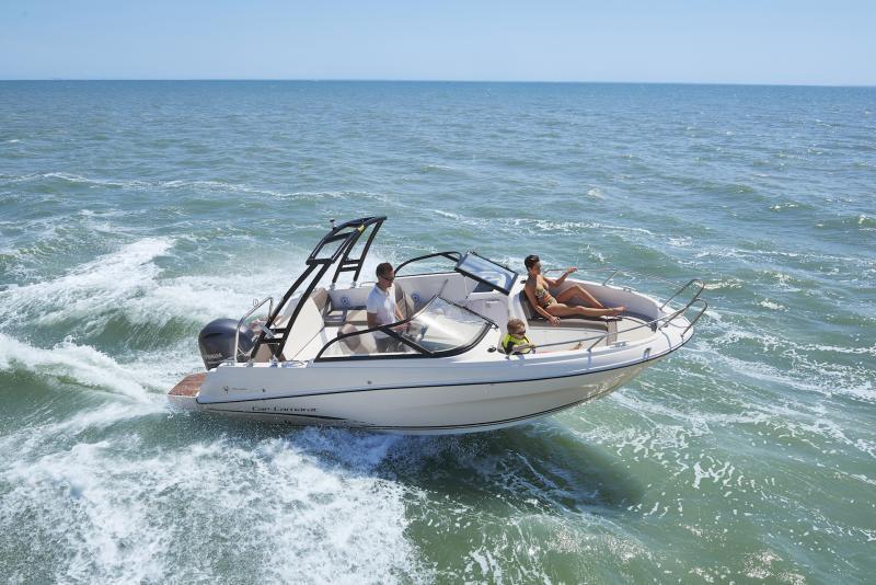 CAP CAMARAT 6.5 BR │ Cap Camarat Bow Rider of 6m │ Boat powerboat Jeanneau CAP CAMARAT 6.5 BR 3042