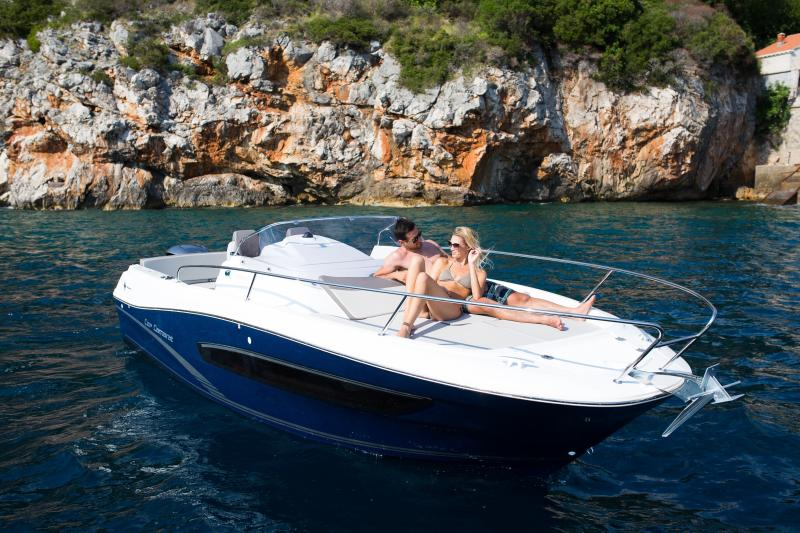 Cap Camarat 7.5 WA │ Cap Camarat Walk Around of 7m │ Boat powerboat Jeanneau Cap Camarat 7.5WA s2 1770