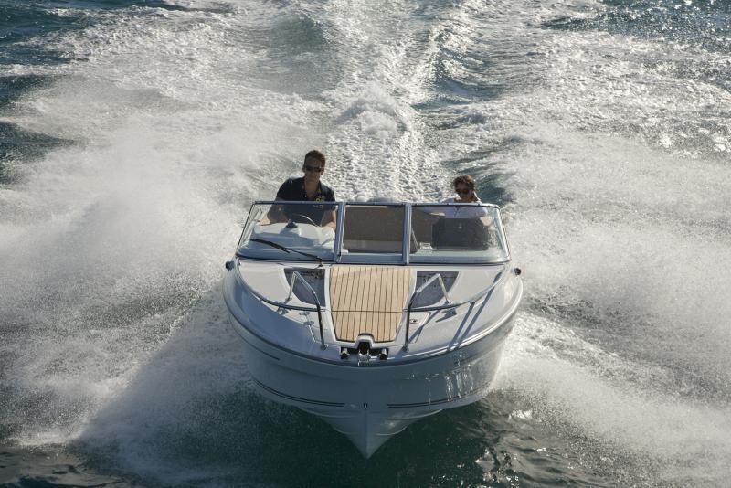 Cap Camarat 6.5 DC │ Cap Camarat Day Cruiser of 6m │ Boat powerboat Jeanneau boote Cap_Camarat_DC-6.5DC2 736