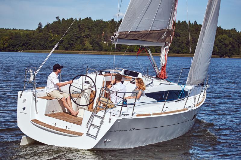 Sun Odyssey 319 Vista esterni 28