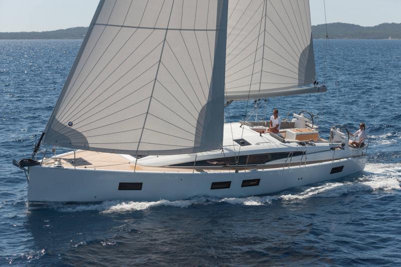 Jeanneau Yachts 51 │ Jeanneau Yachts de 15m │ Bateaux Voiliers Jeanneau 1-Navigation 17363