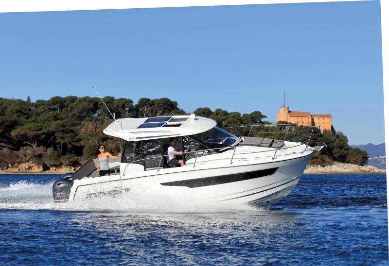 Merry Fisher 895 │ Merry Fisher de 9m │ Bateaux powerboat Jeanneau  18606