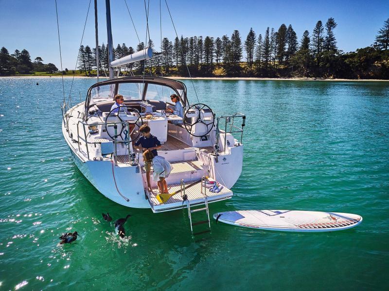 Jeanneau 51 │ Jeanneau Yachts of 15m │ Boat Sailboat Jeanneau  17347
