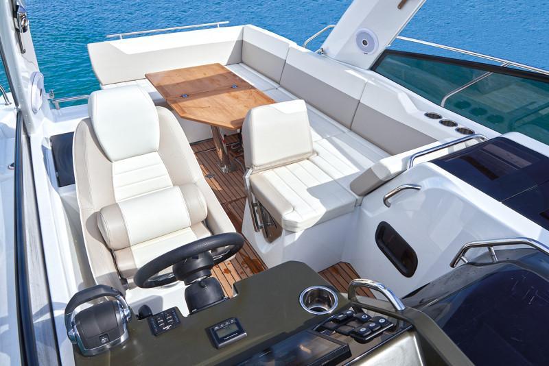 Leader 30 OB │ Leader of 9m │ Boat powerboat Jeanneau  12919