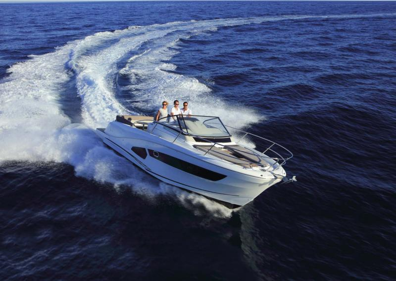 Cap Camarat 10.5 WA │ Cap Camarat Walk Around of 11m │ Boat Outboard Jeanneau  11227