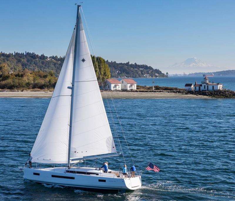 Sun Odyssey 490 │ Sun Odyssey Walk-Around of 14m │ Boat Sailboat Jeanneau 1-Navigation 19681