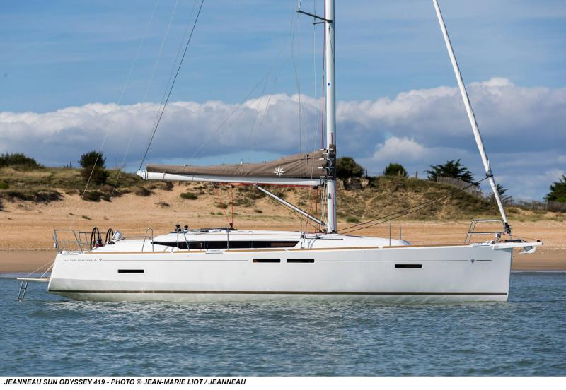 Sun Odyssey 419 │ Sun Odyssey of 13m │ Boat Veleros Jeanneau  19371