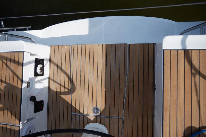 Sun Odyssey 319 Vistas del exterior 15