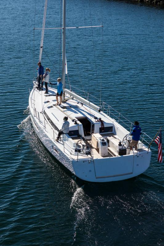 Sun Odyssey 490 │ Sun Odyssey Walk-Around of 14m │ Boat Sailboat Jeanneau 1-Navigation 19680