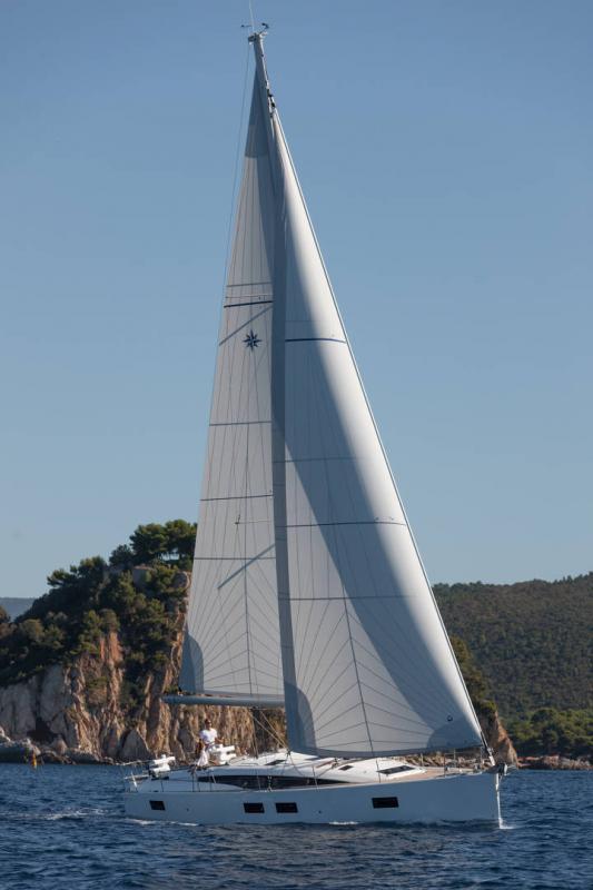 Jeanneau 51 │ Jeanneau Yachts of 15m │ Boat Sailboat Jeanneau  17368