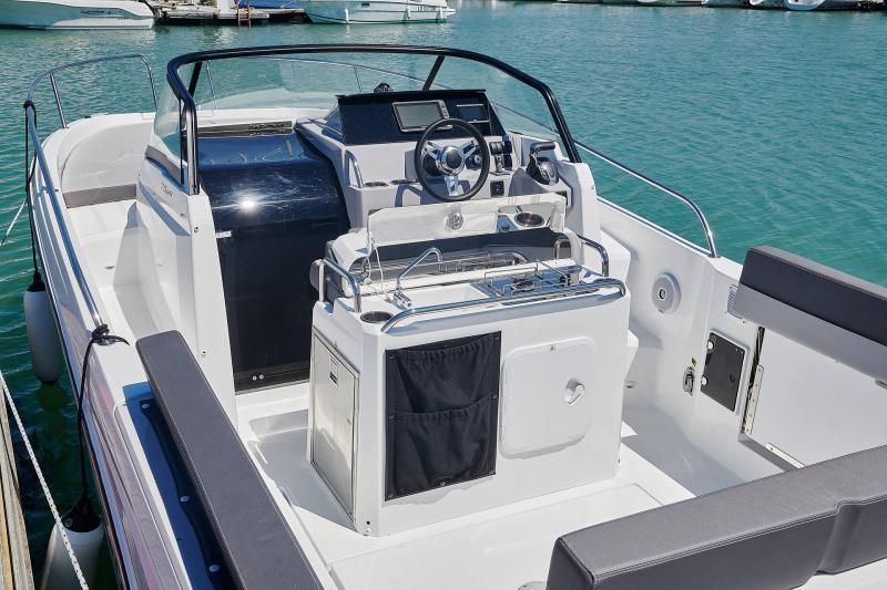 Cap Camarat 7.5 WA Série3 │ Cap Camarat Walk Around of 7m │ Boat powerboat Jeanneau  23129