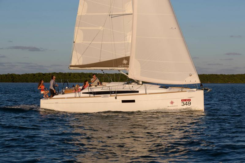 Sun Odyssey 349 │ Sun Odyssey of 10m │ Boat Sailboat Jeanneau  19141