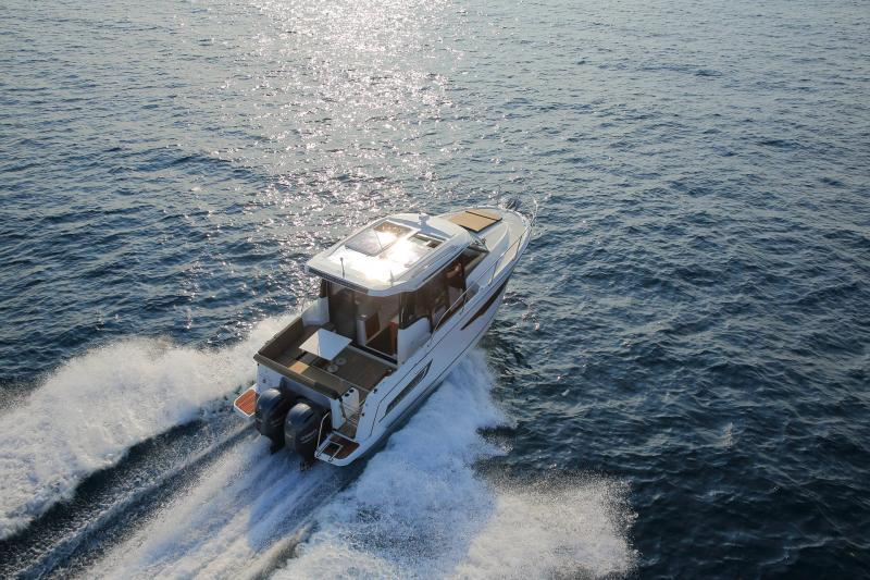 Merry Fisher 895 │ Merry Fisher de 9m │ Bateaux powerboat Jeanneau 1-Navigation 18629