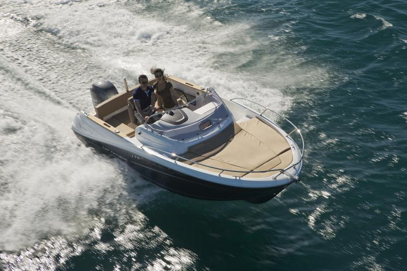Cap Camarat 6.5 WA │ Cap Camarat Walk Around of 7m │ Boat powerboat Jeanneau boat Cap_Camarat_WA-6.5WA2 759