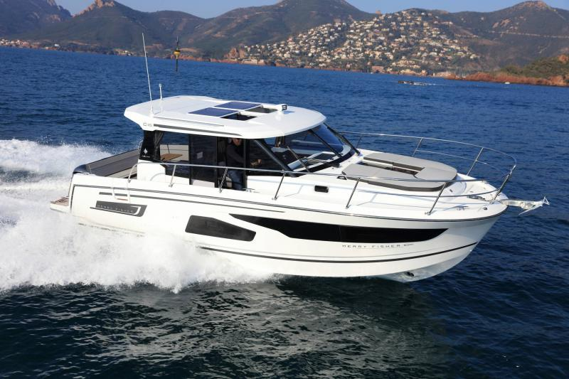 Merry Fisher 1095 │ Merry Fisher of 11m │ Boat powerboat Jeanneau  20415