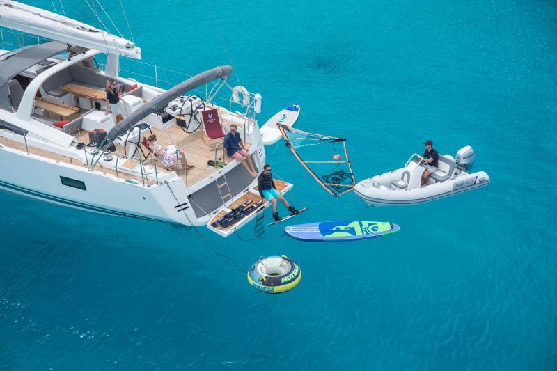 Jeanneau 64 │ Jeanneau Yachts of 20m │ Boat Sailboat Jeanneau  17600