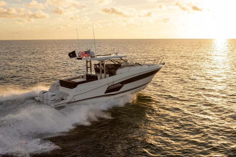 Leader 12.5 │ Leader WA of 12m │ Boat powerboat Jeanneau  21638