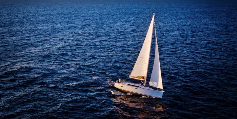 Sun Odyssey 379 │ Sun Odyssey of 11m │ Boat Sailboat Jeanneau  8350