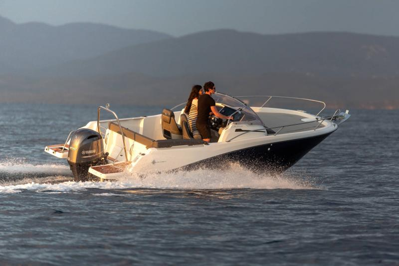 Cap Camarat 6.5 WA série3 │ Cap Camarat Walk Around of 6m │ Boat powerboat Jeanneau  17197