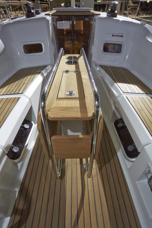 Sun Odyssey 349 │ Sun Odyssey of 10m │ Boat Sailboat Jeanneau boat Sun-Odyssey-349 926