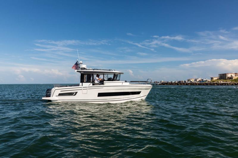 NC 895 Sport │ NC Sport of 9m │ Boat Outboard Jeanneau  18987