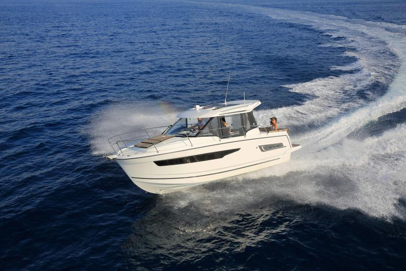 NC 895 │ NC Weekender of 9m │ Boat powerboat Jeanneau  18965