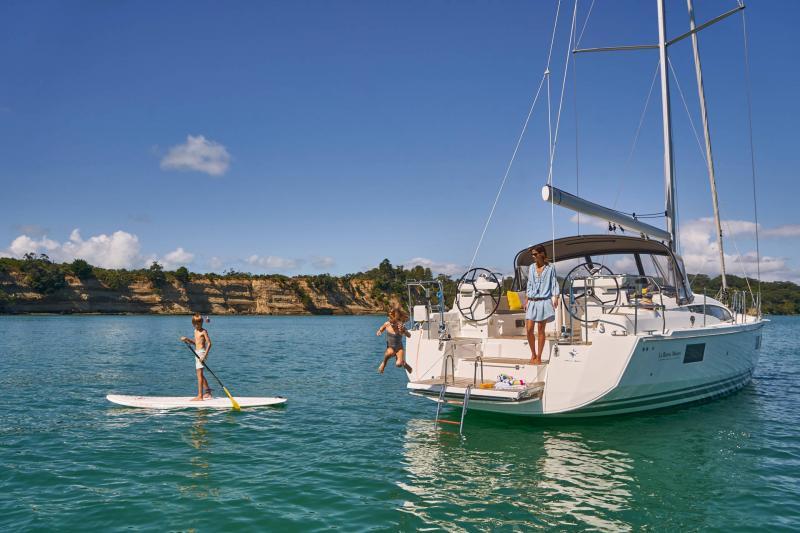 Jeanneau 51 │ Jeanneau Yachts of 15m │ Boat Sailboat Jeanneau  17352