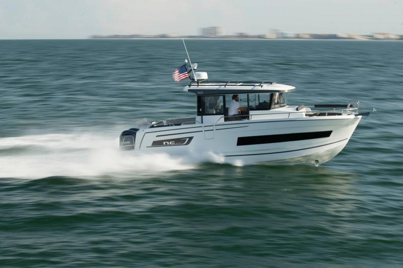NC 895 Sport │ NC Sport of 9m │ Boat Outboard Jeanneau  18985