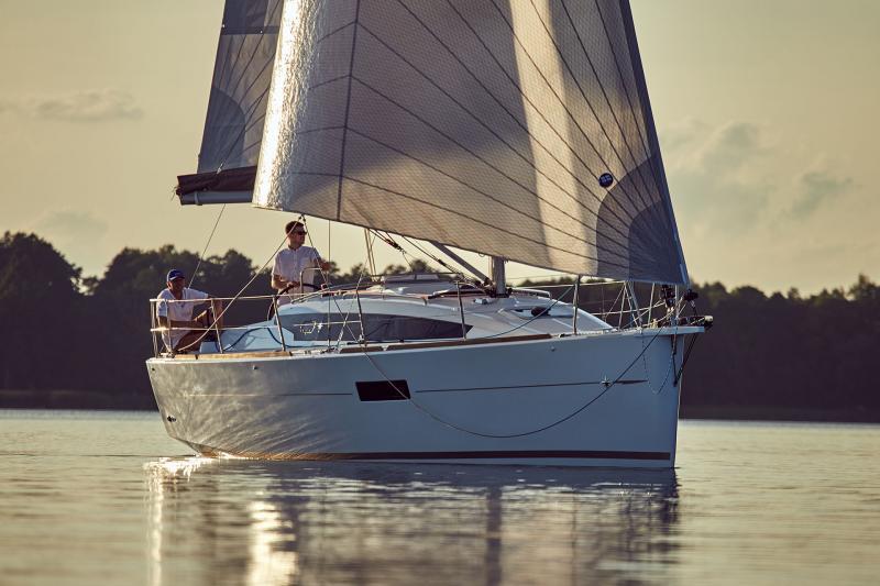 Sun Odyssey 319 Vues d'extérieur 39