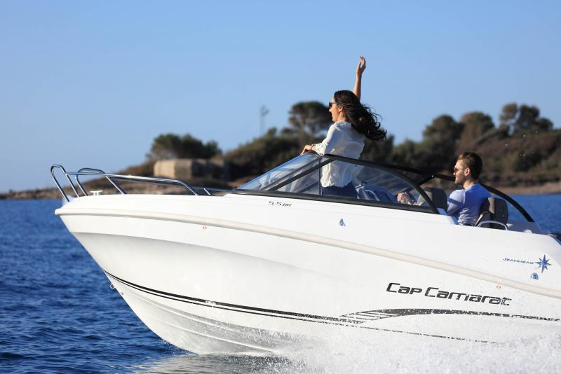 CAP CAMARAT 5.5 BR │ Cap Camarat Bow Rider of 5m │ Boat Outboard Jeanneau CAP CAMARAT 5.5 BR 4816